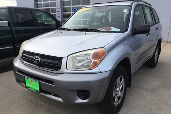 7 Good Used Toyotas Under $5,000 for 2020 featured image large thumb2