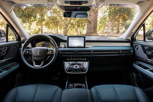 10 Best Car Interiors Under $50,000 for 2020 featured image large thumb2
