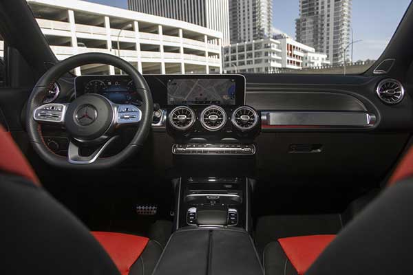 10 Best Car Interiors Under $50,000 for 2020 featured image large thumb8