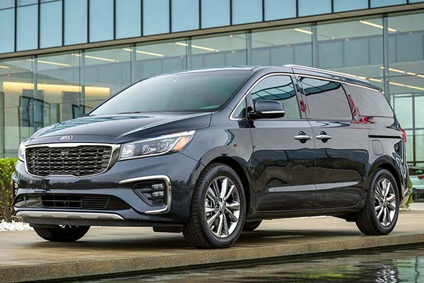 5 Great New Minivans Under $40,000 for 2020 featured image large thumb4