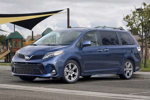 5 Great New Minivans Under $40,000 for 2020 featured image large thumb5