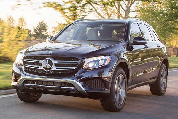 7 Great CPO Luxury SUVs Under $40,000 for 2020 featured image large thumb3