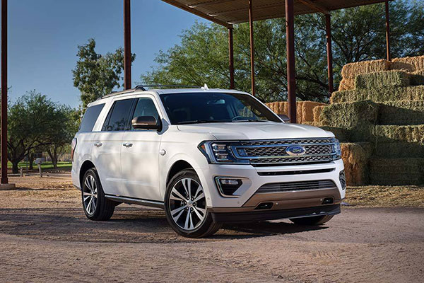 SUVs Available With Second-Row Captain's Chairs for 2020 featured image large thumb7