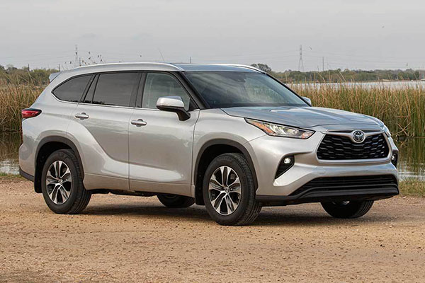 SUVs Available With Second-Row Captain's Chairs for 2020 featured image large thumb19