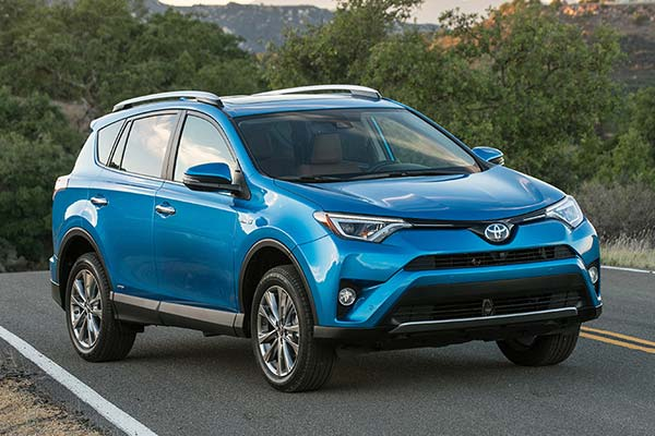7 Great Used Compact SUVs Under $20,000 for 2020 featured image large thumb7