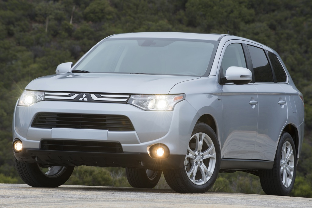 Top Fuel-Efficient SUVs and Minivans With 3-Row Seating ...